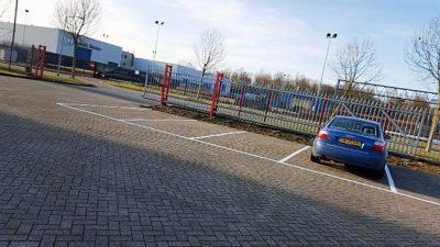 Belijning en markering parkeerplaatsen door 123markeringen.nl