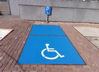 Mindervalidenparkeerplaats belijning en markering